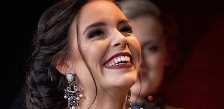 Miss Grand Netherlands 2017 is Kelly van den Dungen