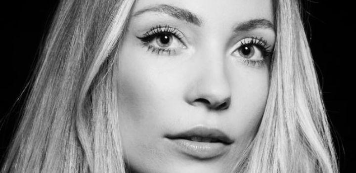 Let's meet the girls for Miss Nederland, Laura Benschop
