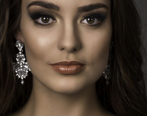 10 Questions for Miss Cosmopolitan Netherlands 2019, Marit Beets