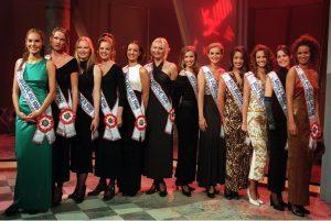 Alle 'Missen' van de provincies, die deelnemen aan de Miss Nederland verkiezing, zijn vrijdag in de Vijf Uur Show te bewonderen. Uitzending: 25/10 om 17.00 uur bij RTL4.
